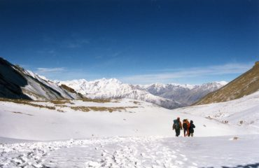 The long descent from Thorong La